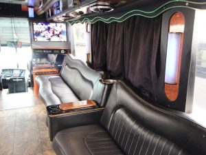 the-ultimate-party-bus-photo-gallery-01
